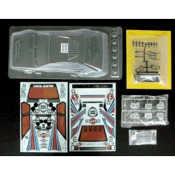 EZpower Carrozzeria Lancia Delta S4 + Decals + Accessori (art. EZRL2381)