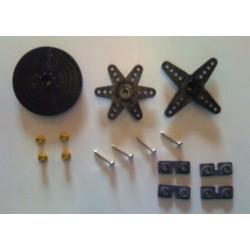 Radiosistemi Set Squadrette e fissaggio per Servi Futaba (art. 750)