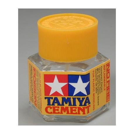 Tamiya Colla Cement liquida 20ml. per modellismo statico (art. 87012)