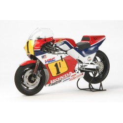 Tamiya Honda NSR500 del 1984 (art. TA/14121)