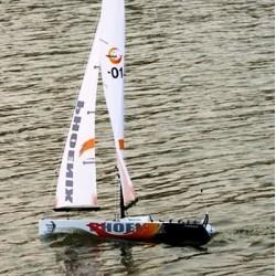 Italtrading Barca a vela Phoenix 870 2,4 GHZ CARBON (art BMD0880